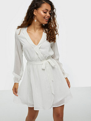 NLY Trend Wrapped Dress