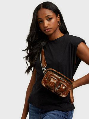 NuNoo brun mönstrad väska Helena croco