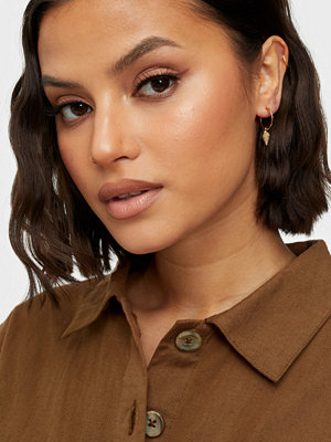 SOPHIE By SOPHIE smycke Shell mini hoops