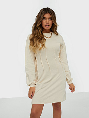 NLY Trend Pleated Sweat Dress
