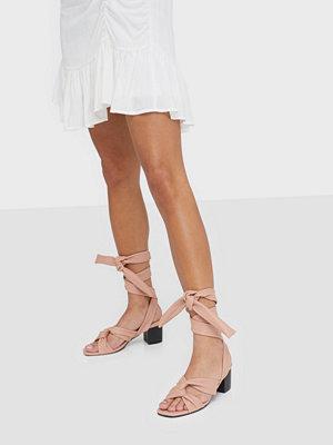 Pumps & klackskor - NLY Shoes Knot Heel Sandal