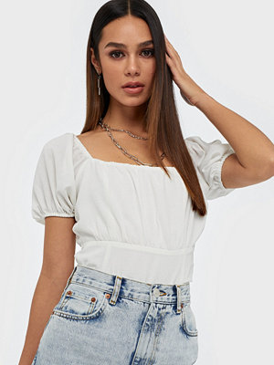 NLY Trend A Little Closer Top