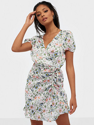 NLY Trend Cute Wrinkle Dress