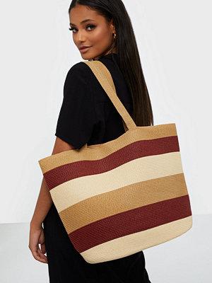 Vero Moda mönstrad väska VMFREYA STRAW BAG