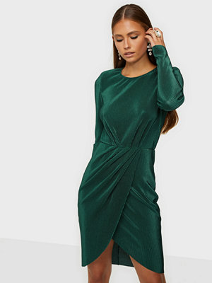 NLY Trend Get It All Pleated Dress