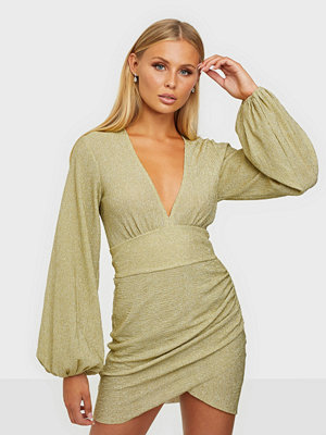NLY Trend Volume Sleeve Pleated Dress