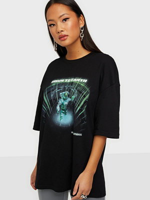 Nicki Studios Down To Earth Oversized T