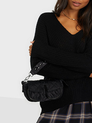 Unlimit svart väska Shoulder Bag Ellery