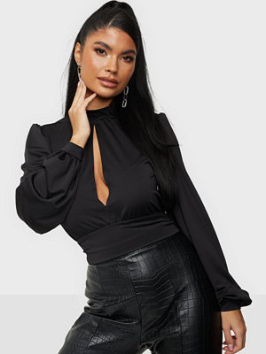 NLY Trend Keyhole Front Top