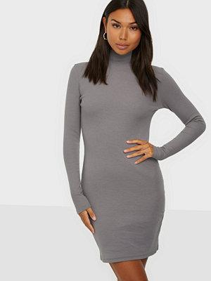 NLY Trend Sporty Rib Dress