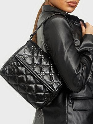 NuNoo svart väska Nunoo x Sophie Elise Esse