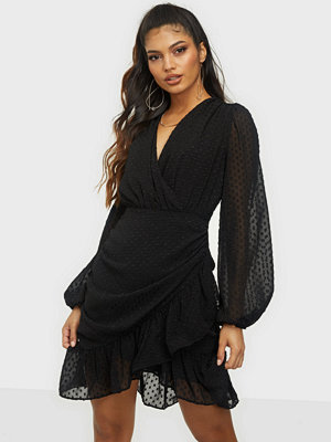 Neo Noir Veri Dot Dress