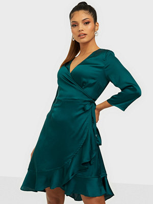 Vero Moda VMHENNA SATIN 3/4 WRAP DRESS EXP