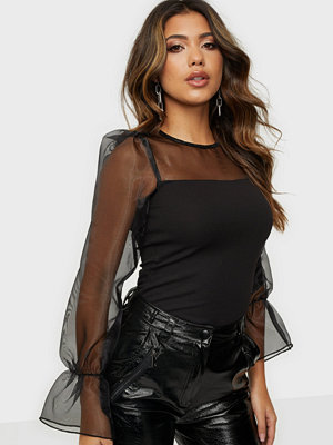 Toppar - NLY Trend Amazing Puff Sleeve Top