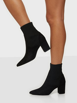 Boots & kängor - NLY Shoes Block Heel Knit Boot