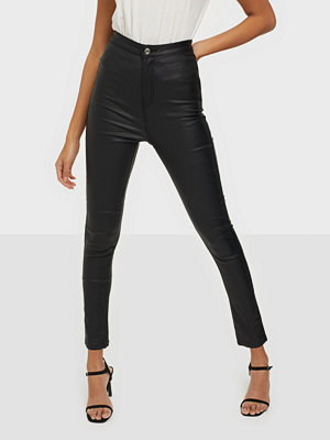 Missguided Coated Vice Sculpt Skinny Jeans