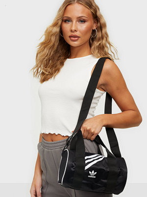Adidas Originals svart väska MINI D NYLON