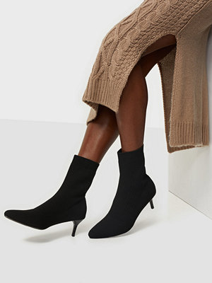 NLY Shoes Pointy Knitted Boot
