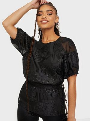 Sisters Point Ekana Blouse