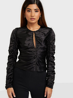 Toppar - NLY Trend Ruched Into You Top