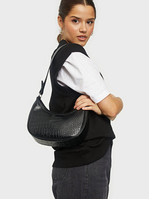 NLY Accessories svart väska Perfect Casual Bag
