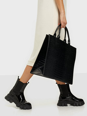 Missguided svart väska Croc Tote Bag