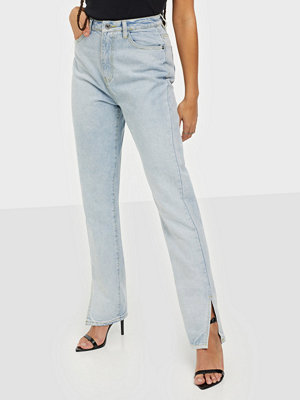 Missguided Wrath Highwaisted Split Straight Jeans