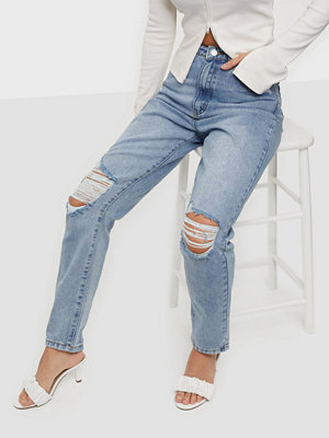 Missguided Riot Busted Knee Mom Jeans