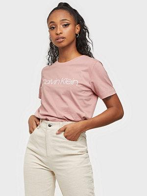 Toppar - Calvin Klein CORE LOGO T-SHIRT