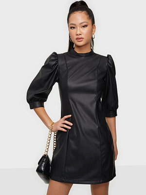 Only ONLDREAMY FAUX LEATHER DRESS PNT