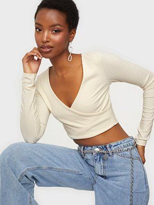 NLY Trend Criss Cross Cropped Top