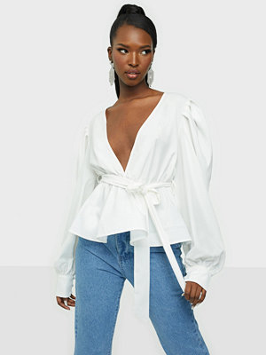 Missguided Puff Sleeve Flippy Blouse