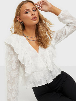NLY Trend Frill Me Blouse