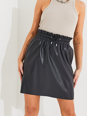 Vero Moda VMAVA HW SHORT COATED SKIRT