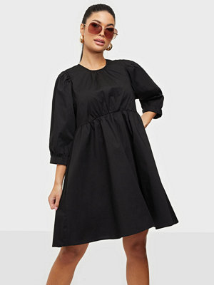 Only ONLELLY LIFE 3/4 O-NECK DRESS WVN