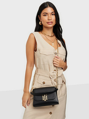 Tommy Hilfiger väska TH LOCK SMALL SATCHEL