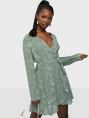 Missguided Ruffel Hem Wrap Tea Dress