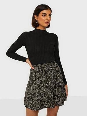 Kjolar - MOSS Copenhagen Talla Beach Skirt AOP