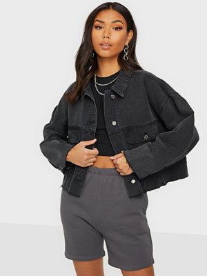 Missguided Pleat Back Oversized 80S Denim Jacket