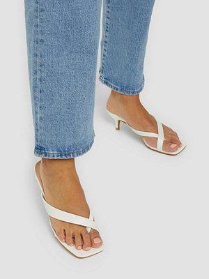 Pumps & klackskor - Glamorous PU Flip Flop Sandals