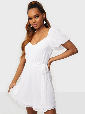NLY Trend Cute Puff Sleeve Dress