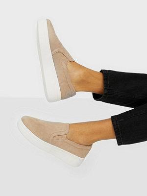 Duffy Slip-On Sneaker