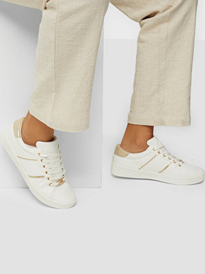 Duffy Metallic Detail Sneaker