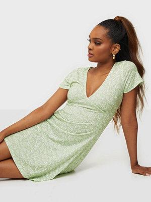 NLY Trend Amaze Me Dress