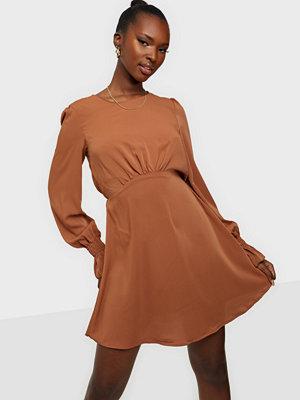 Ax Paris Long Sleeve Mini Flounce Dress