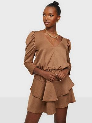 Ax Paris Short Puffsleeve Mini Dress