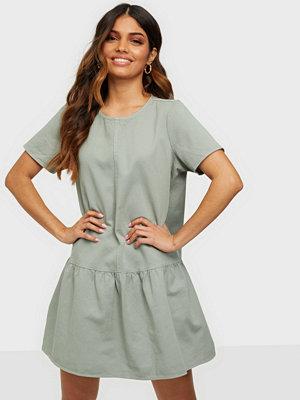Noisy May NMEMILIA S/S DRESS CLR S*