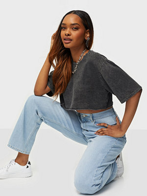 Toppar - NLY Trend Washed Out Cropped Tee