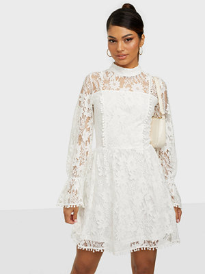 Parisian Lace Ballon Sleeve Mini Dress