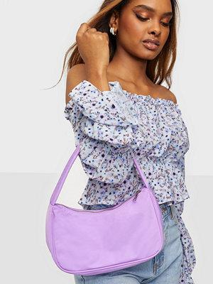 NLY Accessories ljuslila väska Nylon Bag
